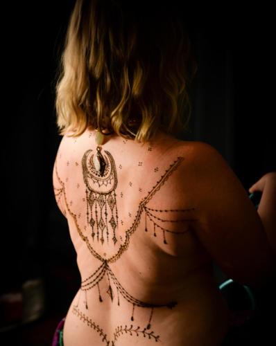 henna-410